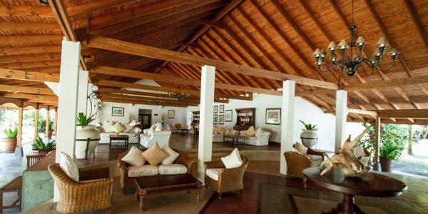 alphonse-island-facilities-lounge-2
