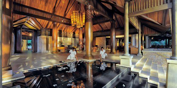 lemuria-seychelles-architecture-lobby-1